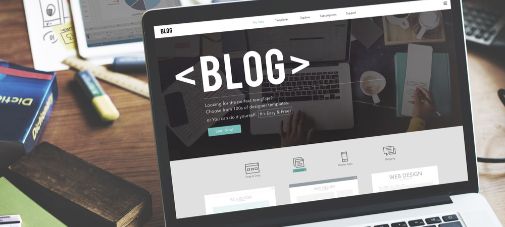post on laptop about blogging at inet media